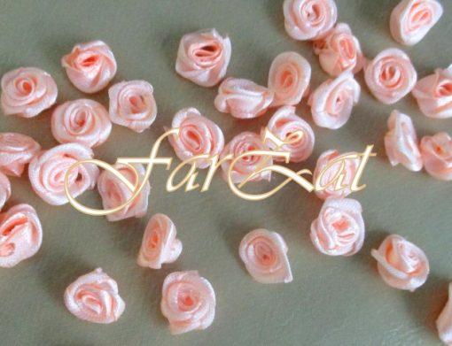 trandafiri saten